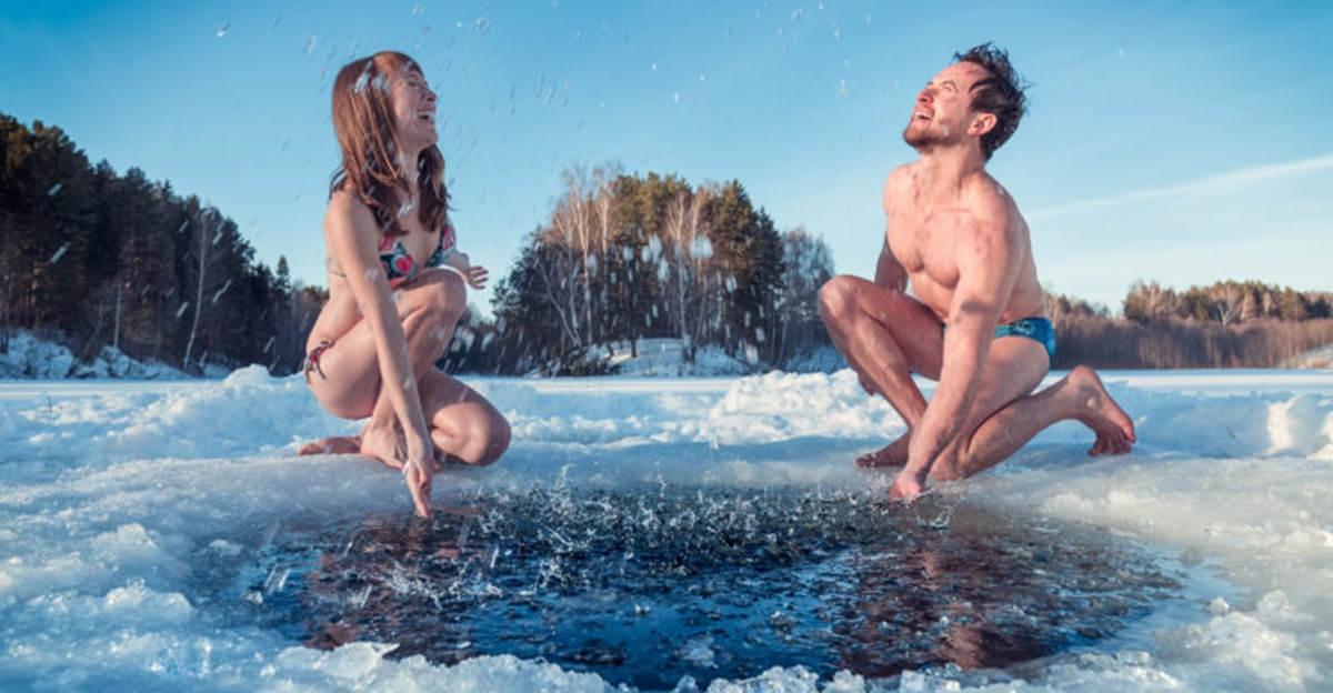 get-healthy-Ice-hole-swimming